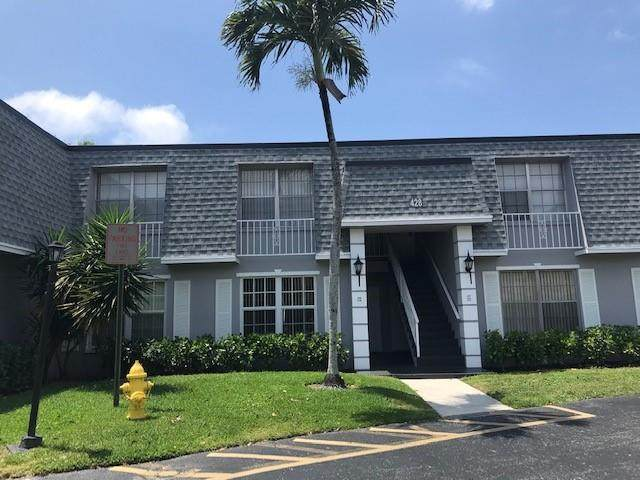 428 NW 70th Ave #138, Plantation, FL 33317 (MLS #F10279691) :: The Howland Group