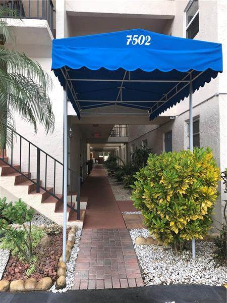 7502 NW 30th Pl #421, Sunrise, FL 33313 (MLS #F10279790) :: The Paiz Group