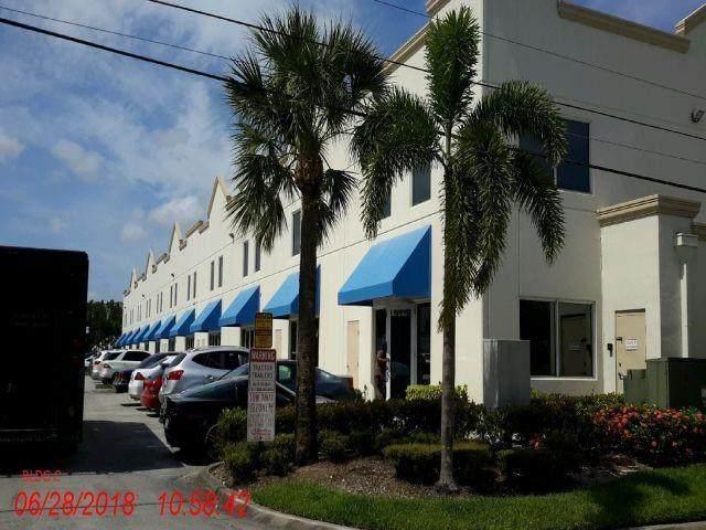 1809 S Powerline Rd #101, Deerfield Beach, FL 33442 (#F10279982) :: Dalton Wade