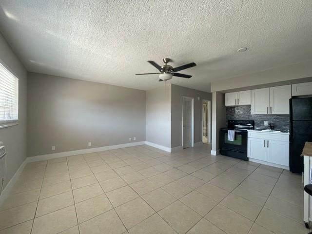 1460 NE 169th St #316, Miami, FL 33162 (MLS #F10280067) :: Castelli Real Estate Services