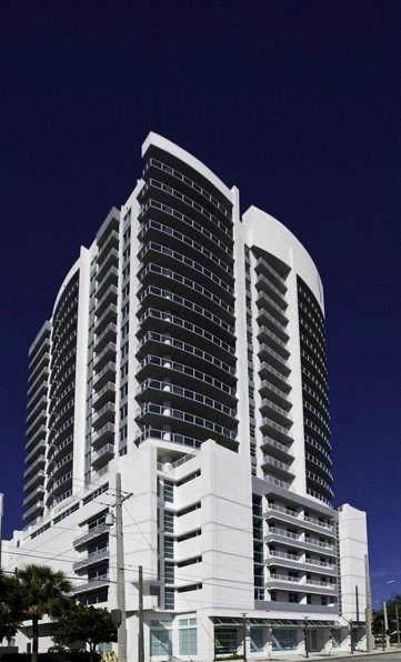 315 NE 3rd Ave #1102, Fort Lauderdale, FL 33301 (MLS #F10280657) :: Berkshire Hathaway HomeServices EWM Realty