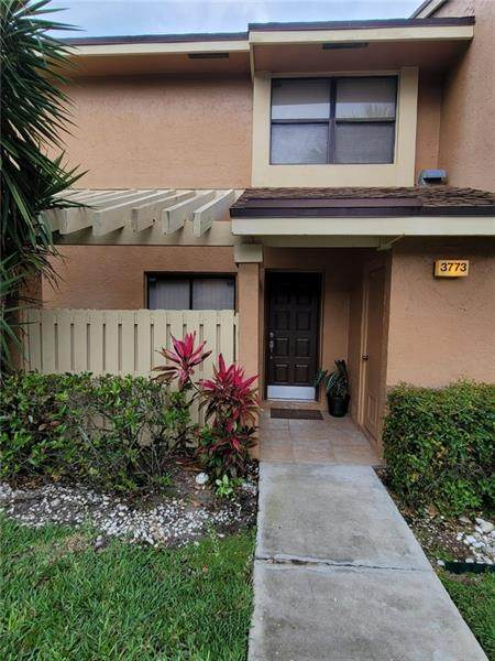 3773 N Carambola Cir N #2899, Coconut Creek, FL 33066 (MLS #F10280859) :: THE BANNON GROUP at RE/MAX CONSULTANTS REALTY I