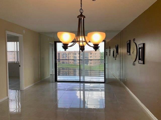 10467 Sunrise Lakes Blvd #407, Sunrise, FL 33322 (MLS #F10281238) :: Berkshire Hathaway HomeServices EWM Realty