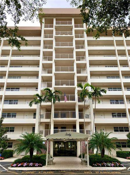 605 Oaks Dr #203, Pompano Beach, FL 33069 (#F10281710) :: Ryan Jennings Group