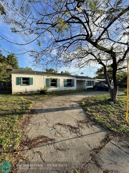418 SW 7th St, Fort Lauderdale, FL 33315 (#F10283330) :: Posh Properties