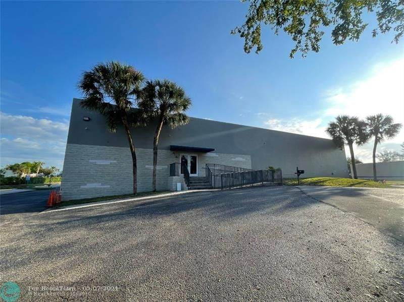 3801 Commercial Blvd - Photo 1