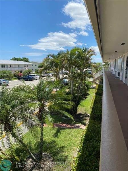 128 Kent H #128, West Palm Beach, FL 33417 (MLS #F10283805) :: Castelli Real Estate Services