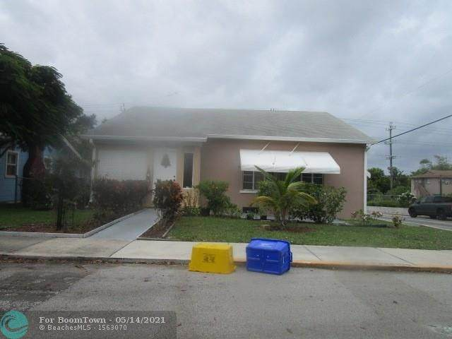 331 N B St, Lake Worth, FL 33460 (#F10284600) :: Ryan Jennings Group