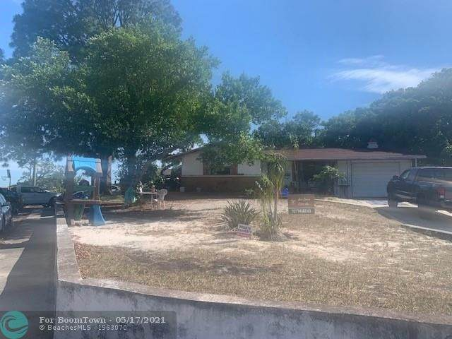 5344 Forest Hills Dr, Other City - In The State Of Florida, FL 34690 (#F10284934) :: Michael Kaufman Real Estate