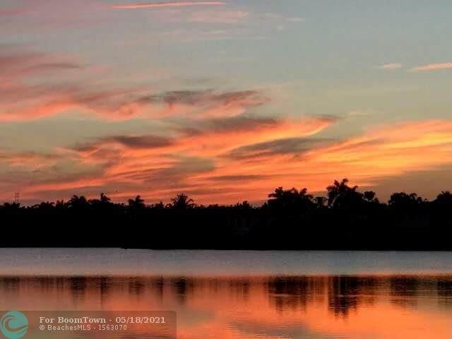 1503 Island Way, Weston, FL 33326 (#F10284971) :: DO Homes Group