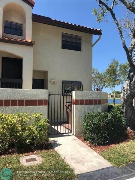 1001 Republic Ct #1001, Deerfield Beach, FL 33442 (MLS #F10286089) :: Berkshire Hathaway HomeServices EWM Realty