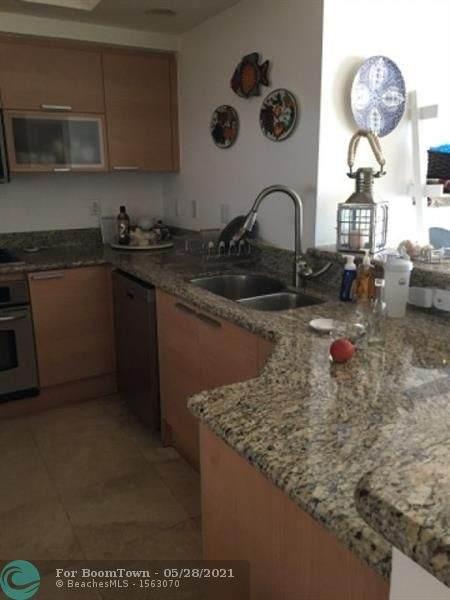 14951 Royal Oaks Ln #904, North Miami, FL 33181 (#F10286533) :: Posh Properties