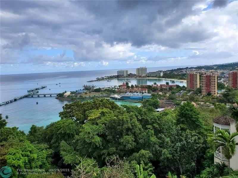 1 Columbus Heights Jamaica - Photo 1