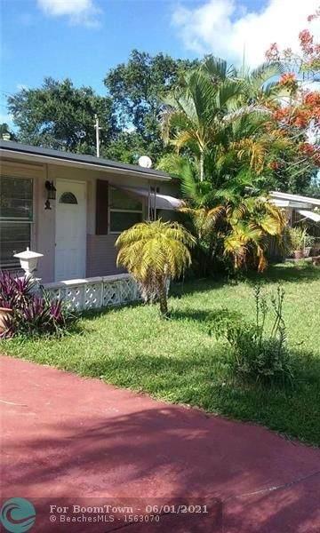 5615 Simms St, Hollywood, FL 33021 (#F10287041) :: Michael Kaufman Real Estate