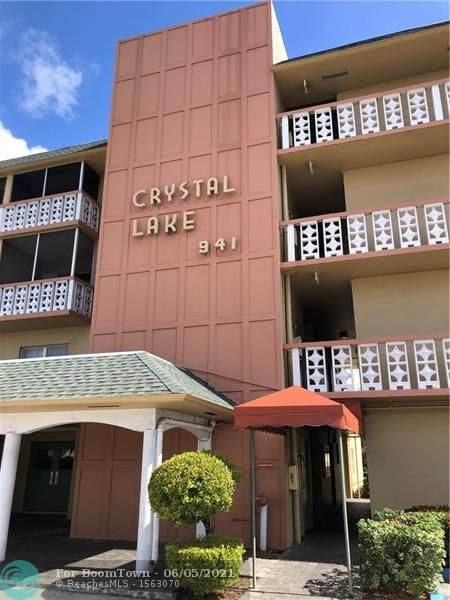 941 Crystal Lake Dr - Photo 1