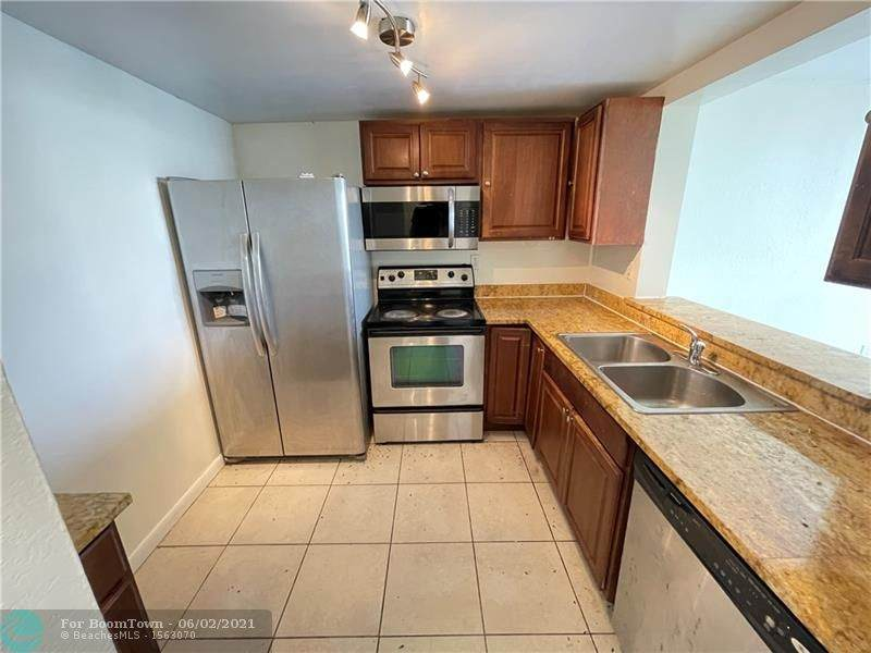 496 165th Street Rd - Photo 1