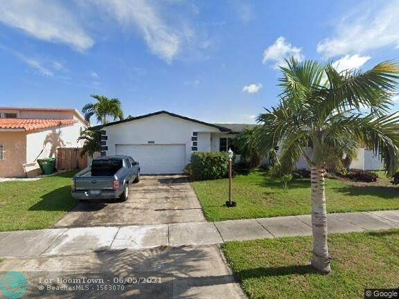 9010 202nd Ter, Cutler Bay, FL 33189 (#F10287493) :: Michael Kaufman Real Estate