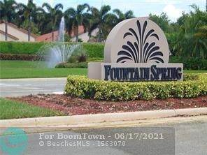 10600 NW 14th St #108, Plantation, FL 33322 (MLS #F10287897) :: United Realty Group