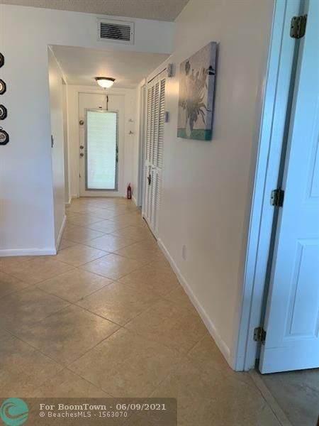 9350 Sunrise Lakes Blvd #211, Sunrise, FL 33322 (#F10288016) :: Michael Kaufman Real Estate