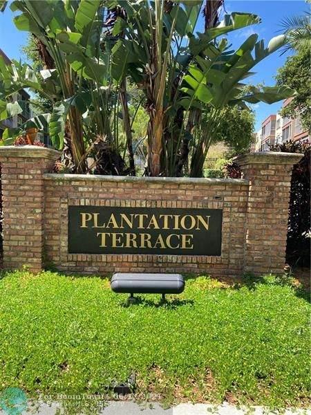 6701 N Cypress Rd #311, Plantation, FL 33317 (MLS #F10288651) :: Berkshire Hathaway HomeServices EWM Realty