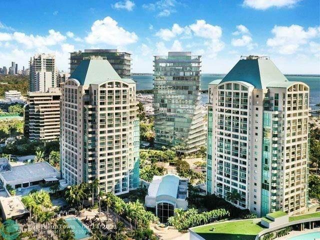 3400 SW 27th Ave #601, Miami, FL 33133 (#F10288918) :: Posh Properties