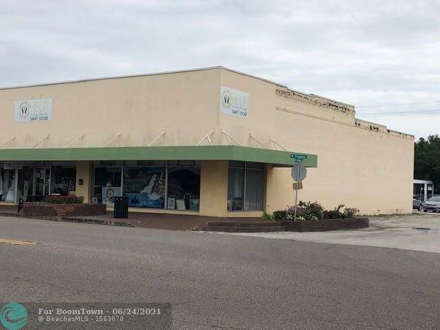 202 S W Broadway, Other City - In The State Of Florida, FL 33841 (#F10289203) :: The Power of 2 | Century 21 Tenace Realty