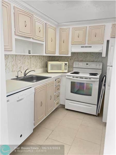 2801 Somerset Dr #417, Lauderdale Lakes, FL 33311 (#F10289593) :: Michael Kaufman Real Estate