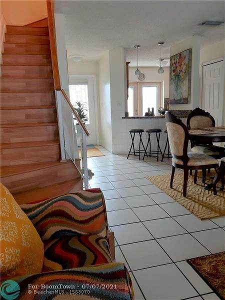 6534 SW 129 AV, Miami, FL 33183 (MLS #F10292010) :: Castelli Real Estate Services