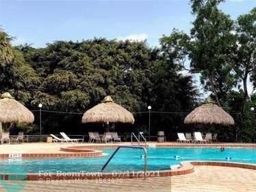 3100 Holiday Springs Blvd #107, Margate, FL 33063 (MLS #F10292515) :: Green Realty Properties