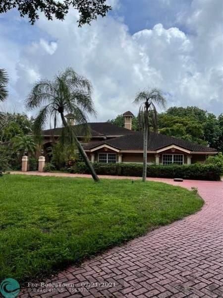 18600 Long Lake Dr, Boca Raton, FL 33496 (#F10293056) :: The Rizzuto Woodman Team