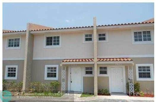 7989 NW 35th Ct, Coral Springs, FL 33065 (MLS #F10293303) :: Berkshire Hathaway HomeServices EWM Realty