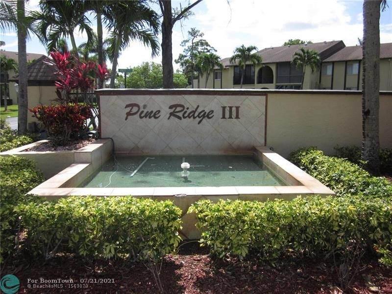 302 Pine Ridge Cir - Photo 1