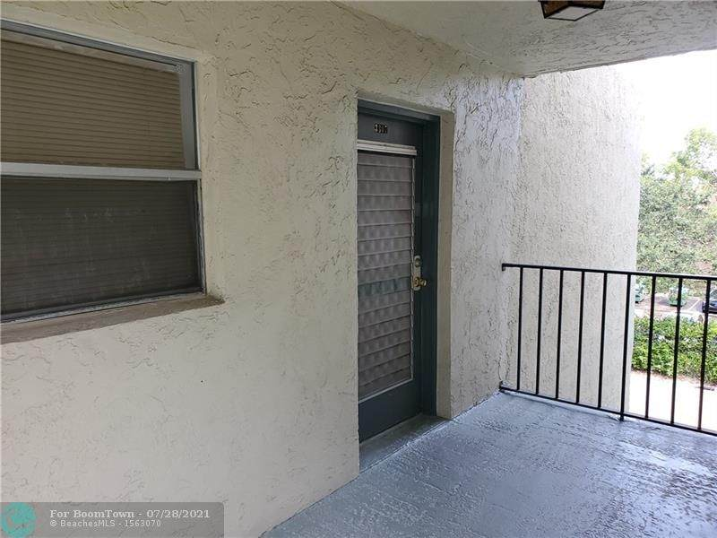 1820 Lauderdale Ave - Photo 1