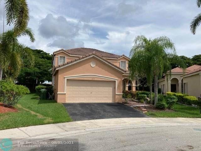 1017 Tupelo Way, Weston, FL 33327 (MLS #F10295378) :: Berkshire Hathaway HomeServices EWM Realty