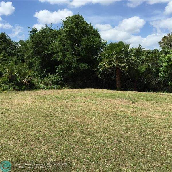 222 SW Indian Groves, Stuart, FL 34994 (#F10295593) :: Treasure Property Group