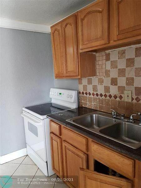 860 5th Ave - Photo 1