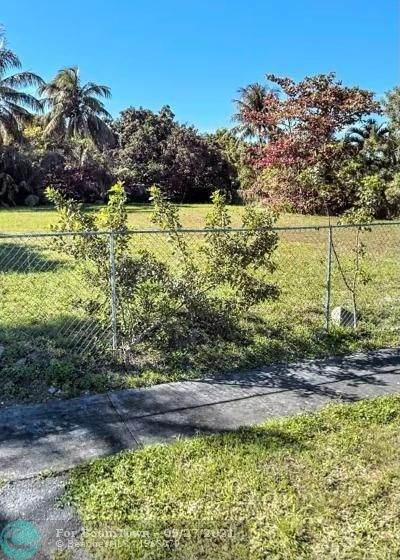 15702 NW 45 Ave, Miami Gardens, FL 33054 (#F10298485) :: The Reynolds Team | Compass