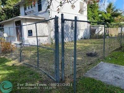 636 NE 68th St, Miami, FL 33138 (MLS #F10298543) :: Castelli Real Estate Services