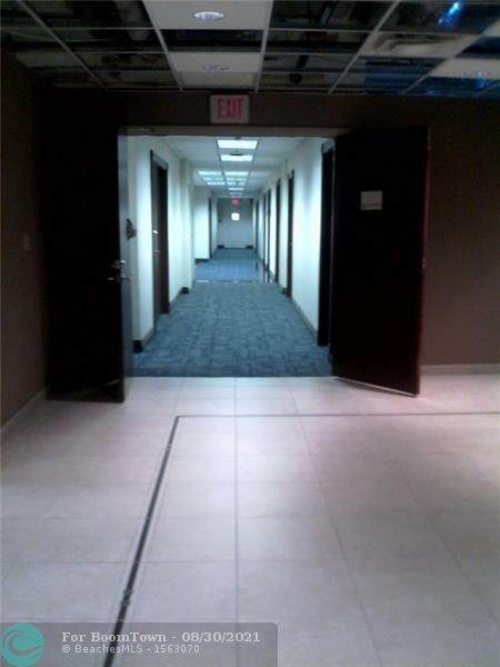 2455 E Sunrise, Fort Lauderdale, FL 33305 (MLS #F10298796) :: The MPH Team