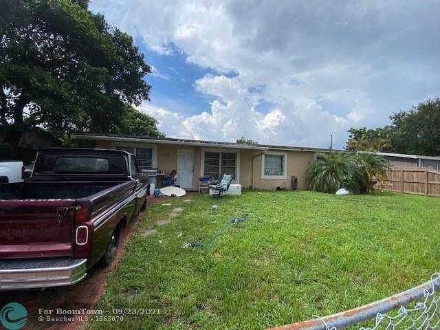 6221 SW 38th St, Davie, FL 33314 (MLS #F10301634) :: Adam Docktor Group