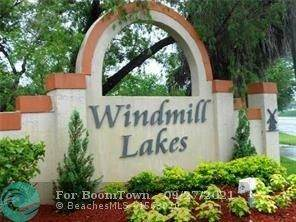 8621 SW 5th St #106, Pembroke Pines, FL 33025 (MLS #F10302397) :: The Teri Arbogast Team at Keller Williams Partners SW