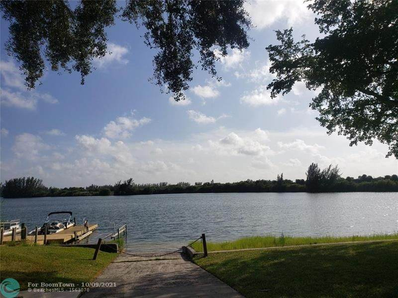 4491 Crystal Lake Dr - Photo 1