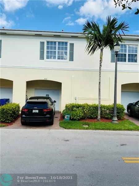 726 SW 1st Way, Pompano Beach, FL 33060 (MLS #F10304857) :: The Jack Coden Group