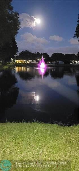 935 W Maple St, North Lauderdale, FL 33068 (#F10304868) :: Michael Kaufman Real Estate
