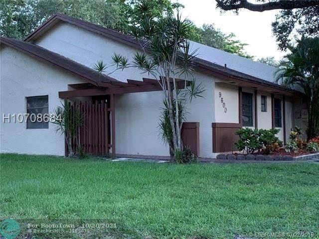 9600 NW 16th Ct #1, Pembroke Pines, FL 33024 (#F10305018) :: Baron Real Estate