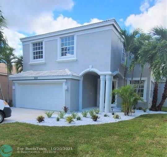 2019 Reston Cir, Royal Palm Beach, FL 33411 (#F10305262) :: Dalton Wade