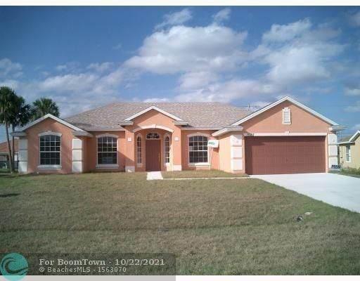 1025 SW Firestone Ave, Port Saint Lucie, FL 34953 (MLS #F10305513) :: Green Realty Properties