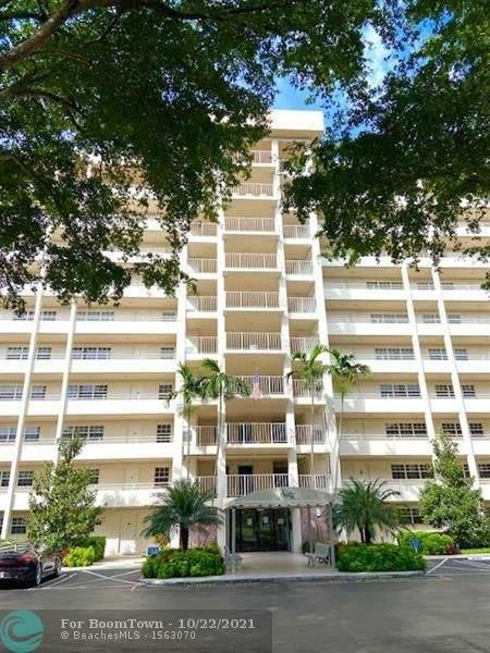 605 Oaks Dr #301, Pompano Beach, FL 33069 (#F10305550) :: Posh Properties