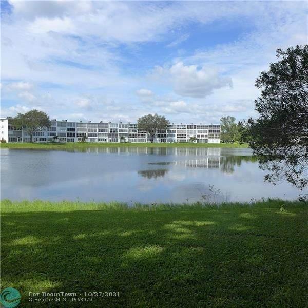 3054 Cambridge C #3054, Deerfield Beach, FL 33442 (MLS #F10306034) :: The MPH Team