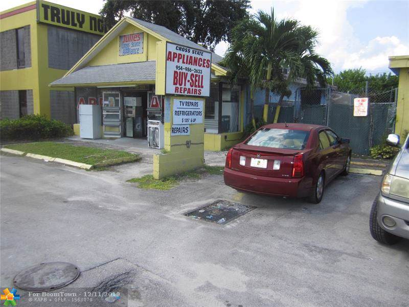 5921 Hallandale Beach Blvd - Photo 1